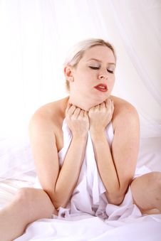Blond In The Bed Royalty Free Stock Images