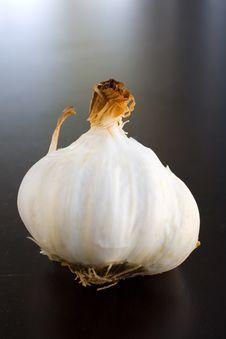 Free Garlic Bulbs Roasted Royalty Free Stock Photos - 2001238
