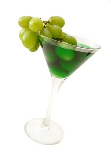 Free Green Cocktail With Grapes Isolated Royalty Free Stock Images - 2002399