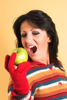 Free Woman With A Green Apple Royalty Free Stock Images - 2003909