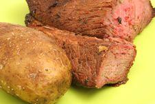 Free Baked Potato & Grilled Steak Upclose Stock Photo - 2004380