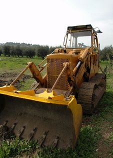 Free Yellow Dozer Stock Image - 2004721