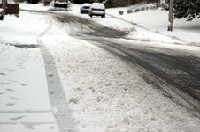 Free Wintry Road Conditions Royalty Free Stock Photo - 2007015
