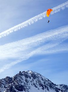 Free Glider Above Snowed Peak Stock Photography - 2009822