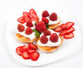 Free Pancakes With Strawberries And Cream Stock Images - 20009434