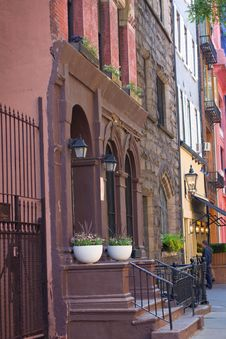 Free New York City Brownstone Apartments Royalty Free Stock Photo - 20003165