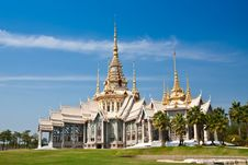 Free White Temple Stock Images - 20003294