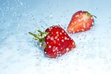 Free Strawberry In Water Splash Stock Photo - 20004370