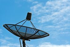 Black Satellite Dish With Blue Sky Royalty Free Stock Images