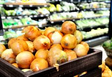 Free Onions Background In Supermarket Stock Image - 20006391