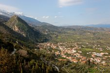 Free Mystras Castle, And Taygetus Mountain Royalty Free Stock Photos - 20008008