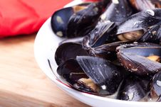 Free Close Up Picture Of Mussels Royalty Free Stock Image - 20009896