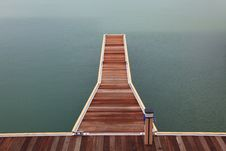 Free Marina Wooden Jetty Walkway Stock Photography - 20015312