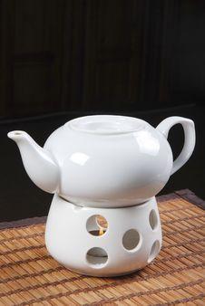 Free White Teapot Royalty Free Stock Image - 20018466