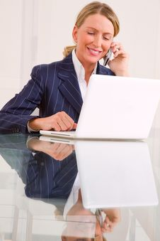 Free Businesswoman In Office Stock Image - 20021271