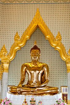 Free Golden Buddha Royalty Free Stock Image - 20023606