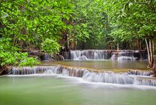 Free Huaymaekamin Waterfall Royalty Free Stock Photography - 20024777