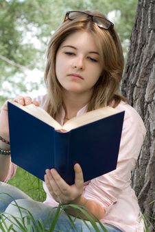 Free Teenager Girl Reading Book Stock Photo - 20025740