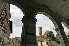 Free Dome Of Lucca Royalty Free Stock Photos - 20029438