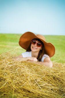 Free Smiling Brunette Girl In Hat Stock Image - 20030691
