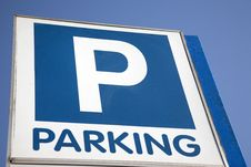 Free Parking Sign Stock Photography - 20032712