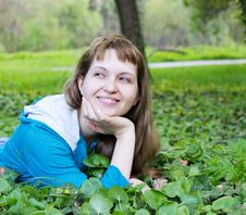 Free Beautiful Smiling Woman Outdoor Stock Photography - 20032812
