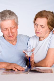Free Aged Couple With Glass Royalty Free Stock Images - 20033659