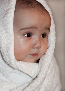 Free Baby In Towel Stock Photos - 20034023