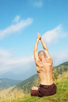 Man  On Mountain Royalty Free Stock Images