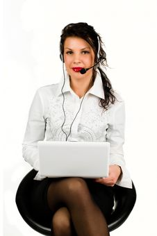 Free Brunette Business Woman With Laptop Royalty Free Stock Images - 20036679