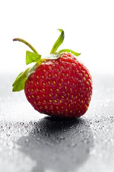 Free Red Strawberry Royalty Free Stock Photos - 20036718