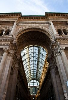 Free Milan - Luxury Gallery Royalty Free Stock Photography - 20037347