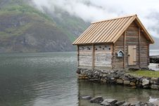 Free Norwegian Cabin Stock Photography - 20041092