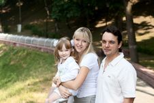 Free Family At Park Royalty Free Stock Photography - 20041487