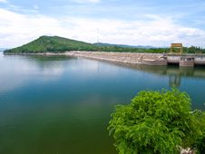Free Ubolratana Dam In Thailand Royalty Free Stock Photography - 20045037