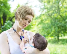 Free Mother With Son Relaxing Outdoor Stock Photo - 20046360