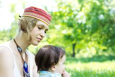Free Mother With Son Relaxing Outdoor Royalty Free Stock Image - 20046366