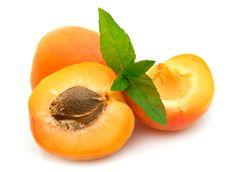 Free Ripe Apricots With Mint Royalty Free Stock Images - 20050879