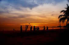 Free Volleyball Game At Sunset Royalty Free Stock Image - 20055066