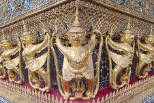 Free Golden Garuda Stock Images - 20057384
