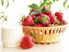 Free Strawberries Stock Photos - 20057513