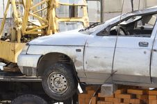 Free Loading Process  Broken Car Royalty Free Stock Photo - 20057725