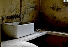 Free The Sink Stock Images - 20057764