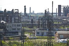 Free Petrochemical Plant Royalty Free Stock Image - 20058586