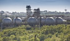 Free Oil Refining Chemical Factory Stock Photography - 20058612