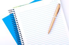 Free Blank Copybook And Pen Stock Photos - 20060973