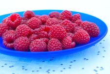 Free A Bowl Of Fresh Raspberries Royalty Free Stock Image - 20063976
