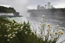 Free Niagara Falls Stock Photo - 20070330