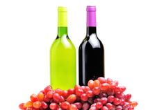 Free Two Bottles Of Wine And The Red Grape Isolated Stock Image - 20073831