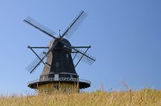 Free Windmill Royalty Free Stock Photography - 20073847